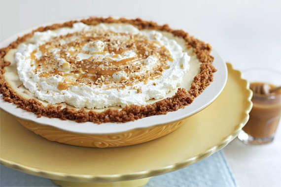 caramel-apple-cheesecake-pie-4