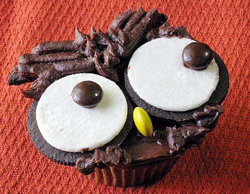 Making Halloween Cupcakes Cupcake to Make The Beak