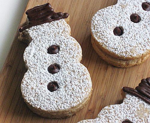 Snowman sandwich cookies