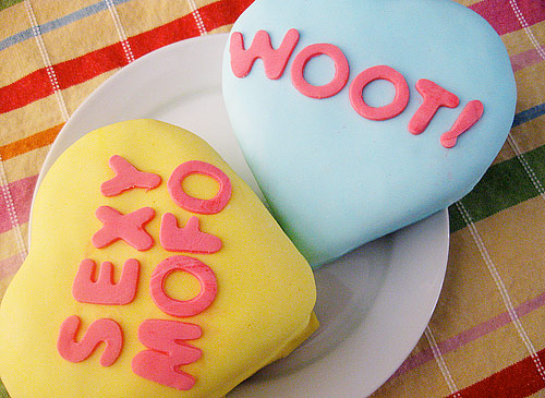 valentine-candy-cake-1