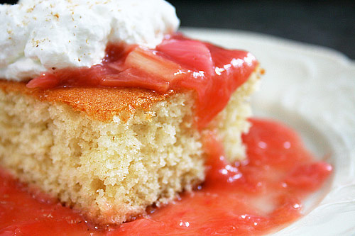 cake-with-rhubarb-1