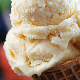 Peachgasm! Honey-Peach Ice Cream