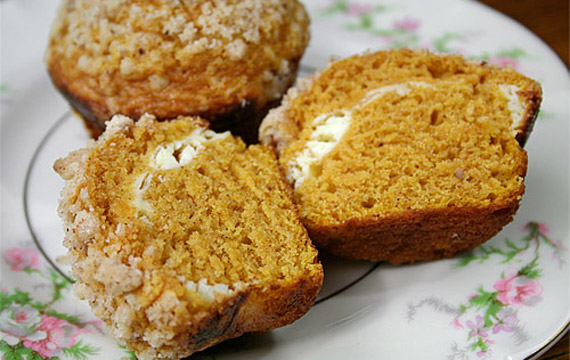 pumpkin cheesecake pumpkin muffins with brown these muffins are ...