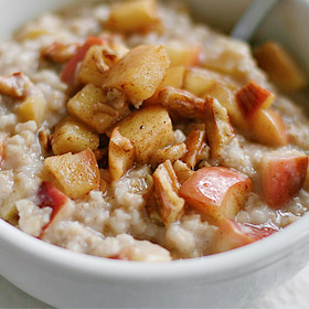 Steel-Cut Oats with Apples and Pecans