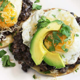 Meatless Monday: Ranchero Breakfast Tostadas