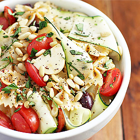 Meatless Monday: Garden Pasta Salad