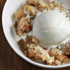 Apple Crisp with Pecan Topping