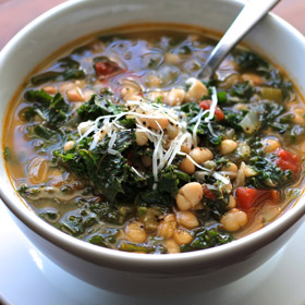 Meatless Monday: White Bean, Kale and Tomato Soup