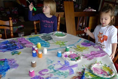 girls-paints-main
