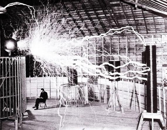 Nikola Tesla, just hanging out in his Colorado Springs lab, December 1899.